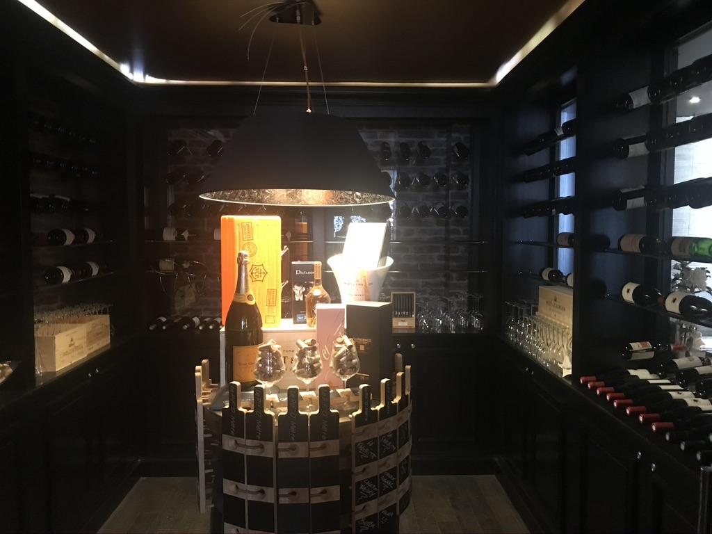 Bar à Vins Cambrai Le Carré