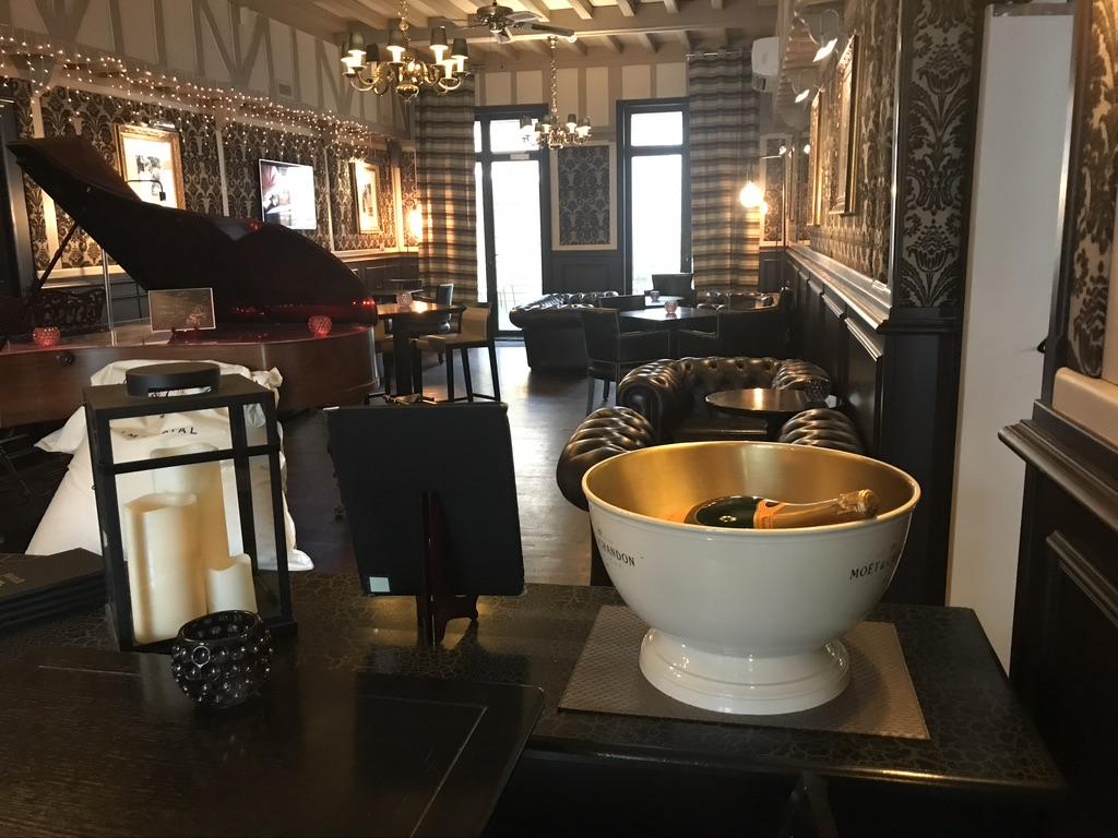 Bar Cambrai Le Carré
